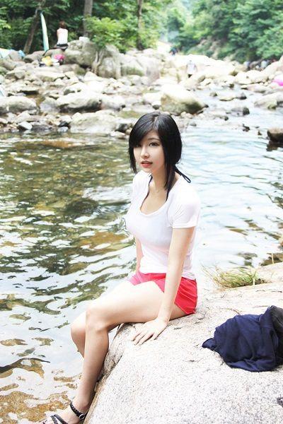 是韩国当红的性感bj女主播