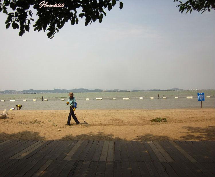 广州南沙天后宫沙滩   誉为广州第一滩的 南沙 滨海沙滩;  高清图片