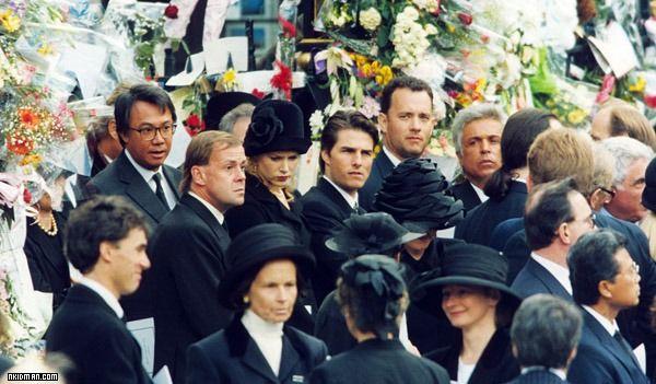 戴安娜王妃葬礼直播 戴安娜王妃 鲁豫 戴安娜王妃葬礼视频