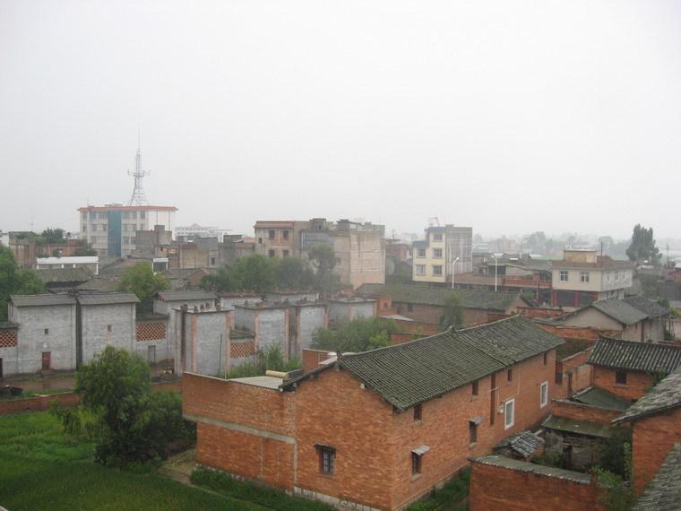 云南省玉溪市的龙街镇位于澄江坝子西部,县城西南,东与右所镇,凤麓镇图片