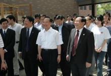 原国务院总理温家宝来访同济