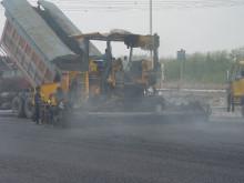 沥青混凝土路面试铺