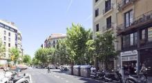 巴塞罗那-埃桑普勒博纳维斯塔公寓酒店