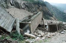震后的岷江水电站