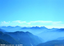 布列亚山脉