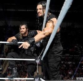 ,赛斯罗林斯与迪恩安布罗斯发生剧情.(WWE目前正在考虑重组圣盾)