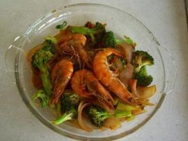 西兰花洋葱炒大虾500ml橄榄油多少斤图片