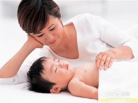 睡眠分为很多个阶段 叫醒孩子