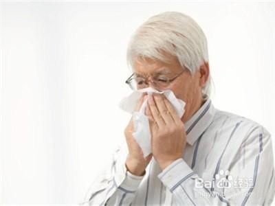 当进入中老年之交时,人体的免疫功能会减退,对疾病的抵抗力会下降,很