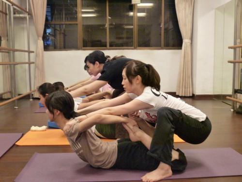 怀孕可以做瑜伽吗