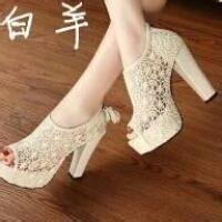 钻石王朝教你六招如何更舒服的穿高跟鞋
