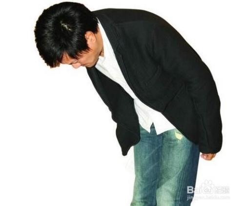 日本礼仪之鞠躬和坐姿标准