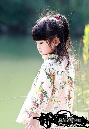 无敌可爱小女孩发型图片欣赏 儿童发型绑扎方法图片
