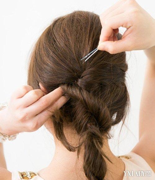 长直发发型扎法步骤发箍盘发优雅翻倍图片