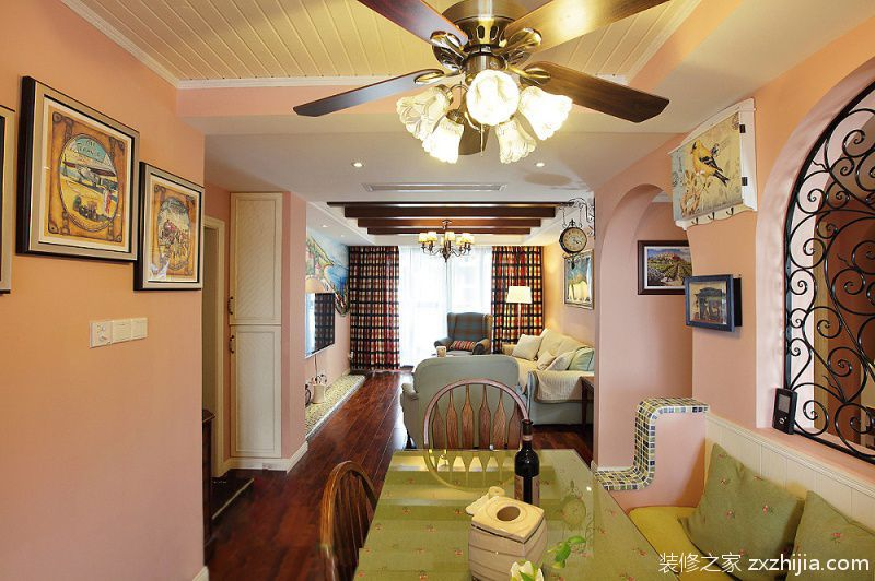 美式田园风格餐厅餐桌装饰效果图_装修之家装修效果图