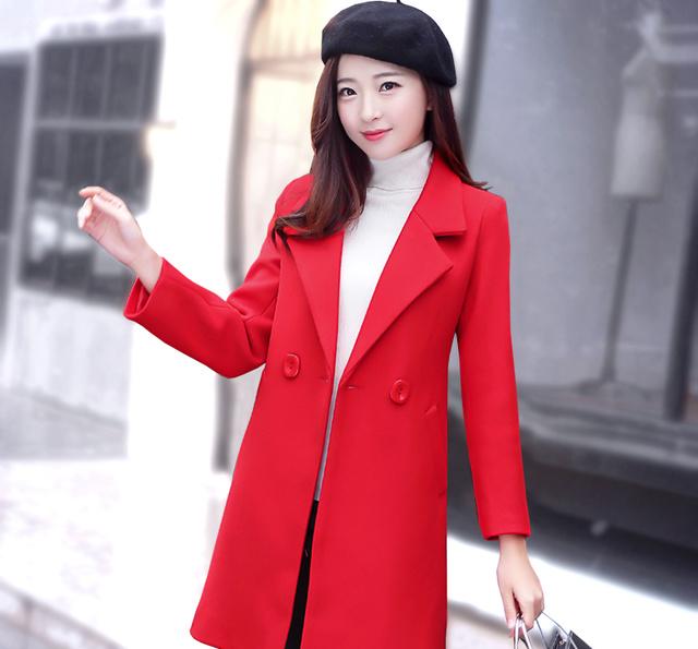 2017年最吸引眼球的搭配,大衣 毛衣裙图片
