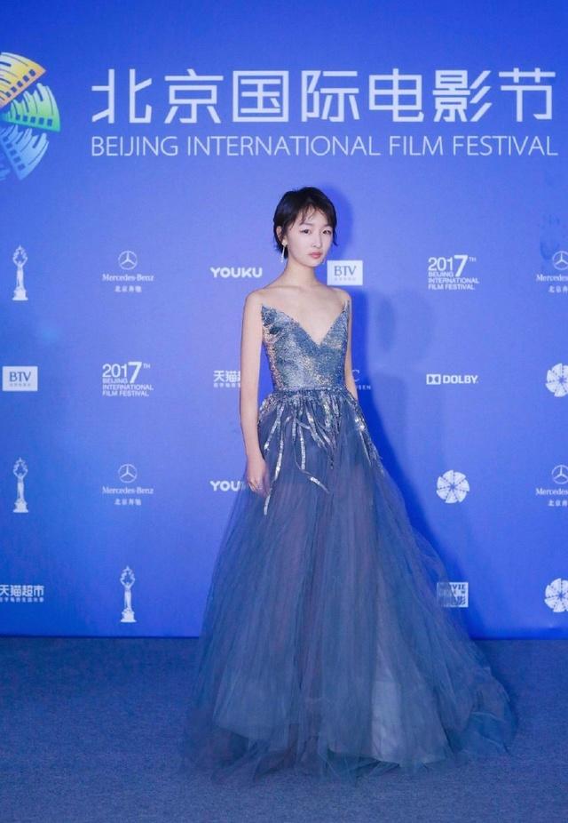 北京国际电影节女神汇聚,最美的不是刘亦菲,也不是赵丽颖,而是95后的图片