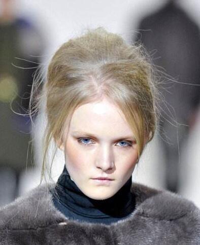 外国人奇怪发型分享展示图片