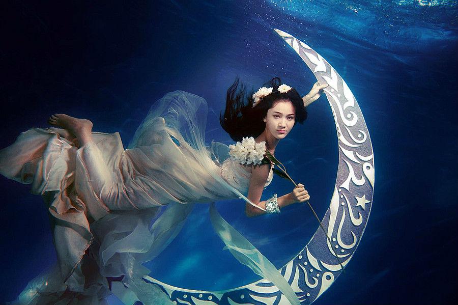王熙然水下大片 美女写真集