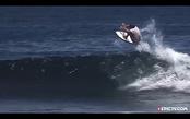 布莱德·格拉克 跳跃冲浪 冒险旅行。