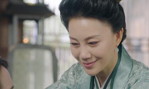 《小女花不弃》第17集精彩看点:莫夫人毒害不弃