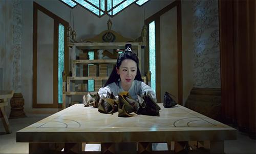 《香蜜沉沉烬如霜》第5集看点:锦觅狂吃粽子,旭凤秀战利品吓坏锦觅