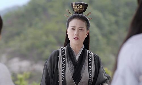 《倚天屠龙记》第17集精彩看点:青翼蝠王杀静虚激怒灭绝师太