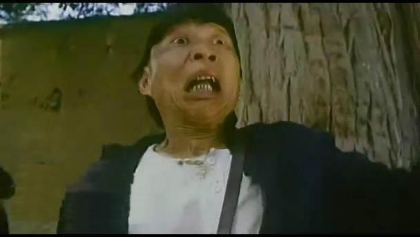 有个电视剧挺搞笑的,里面有一段是一个男的抢劫一个女香港2o19警匪电视剧大全图片