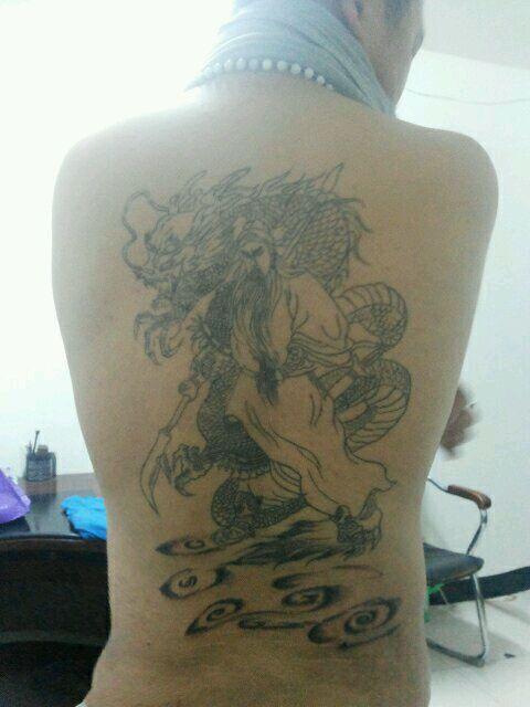 要紫外线隐形纹身?多少钱?图片
