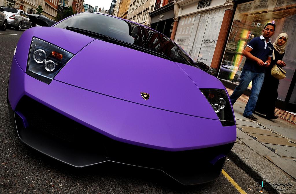 丑爷的紫色兰博基尼 丑爷 兰博基尼紫色魅影 小丑的紫色兰博基尼 兰博基尼毒药紫色