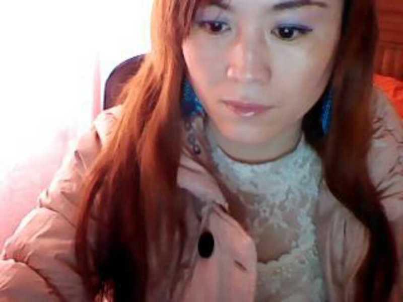 36岁女人三角形脸什么发型显年轻