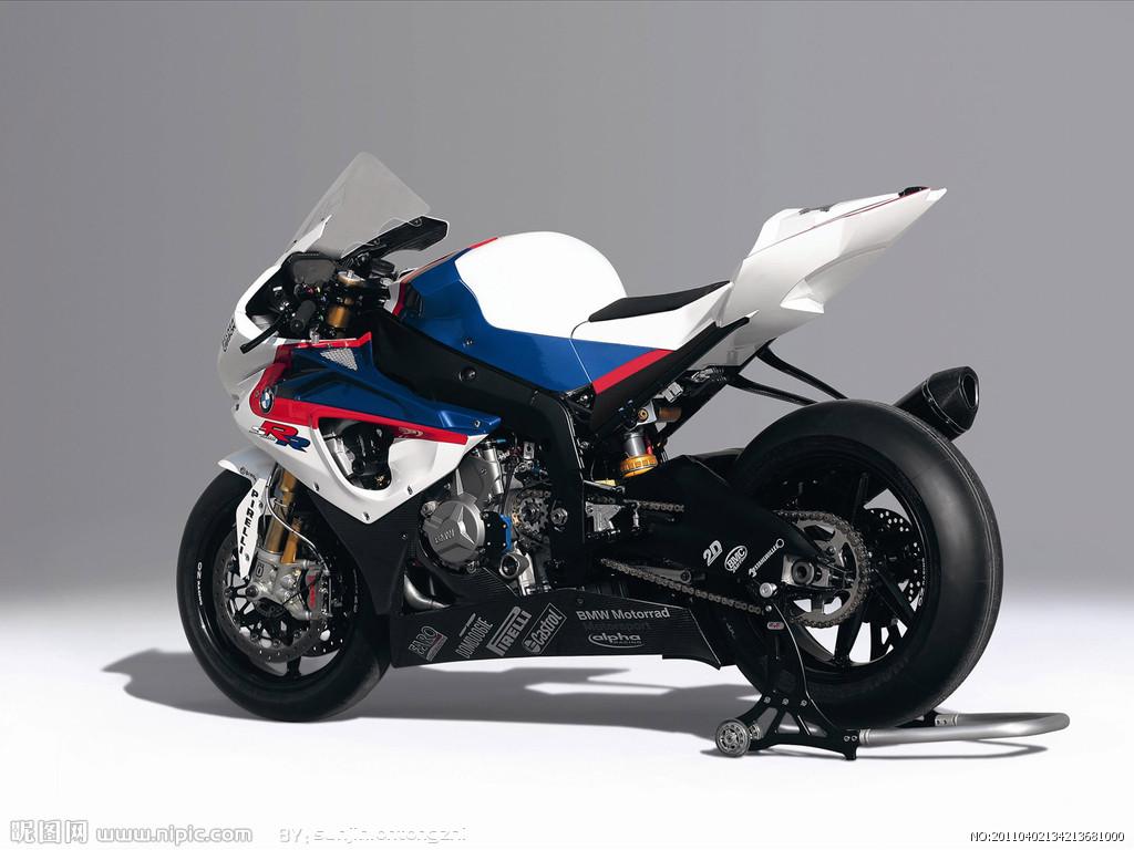 这辆宝马摩托跑车叫什么名字?多少钱? 百度知道