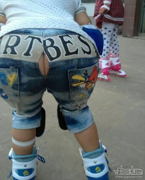 男孩喜欢女生穿什么裤子 竖