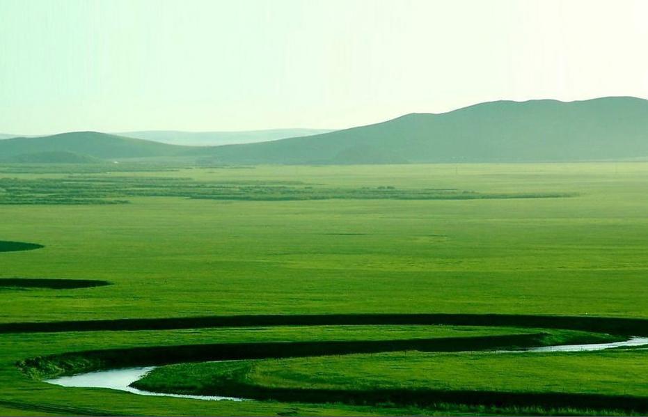 离哈尔滨最近的草原