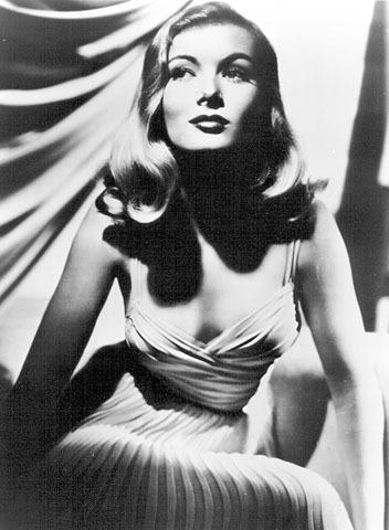 维若妮卡・蕾克是一位美国著名女电影演员