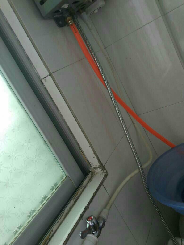 燃气热水器如何明装混水阀图片