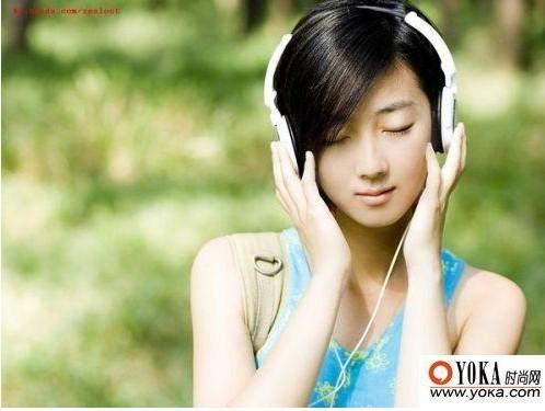 听音乐的桌面图片