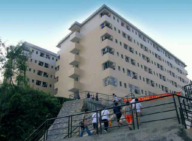 跪求广州工商学院花都区校园图片