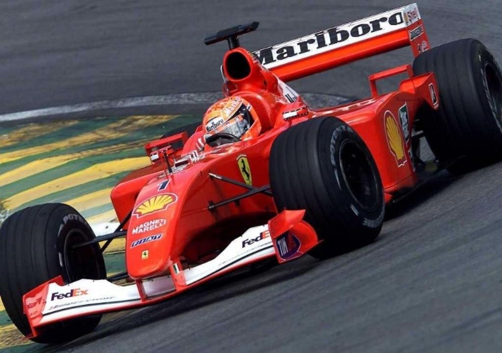 为什么f1赛车的座舱有的是露人的,有的是封闭的?图片