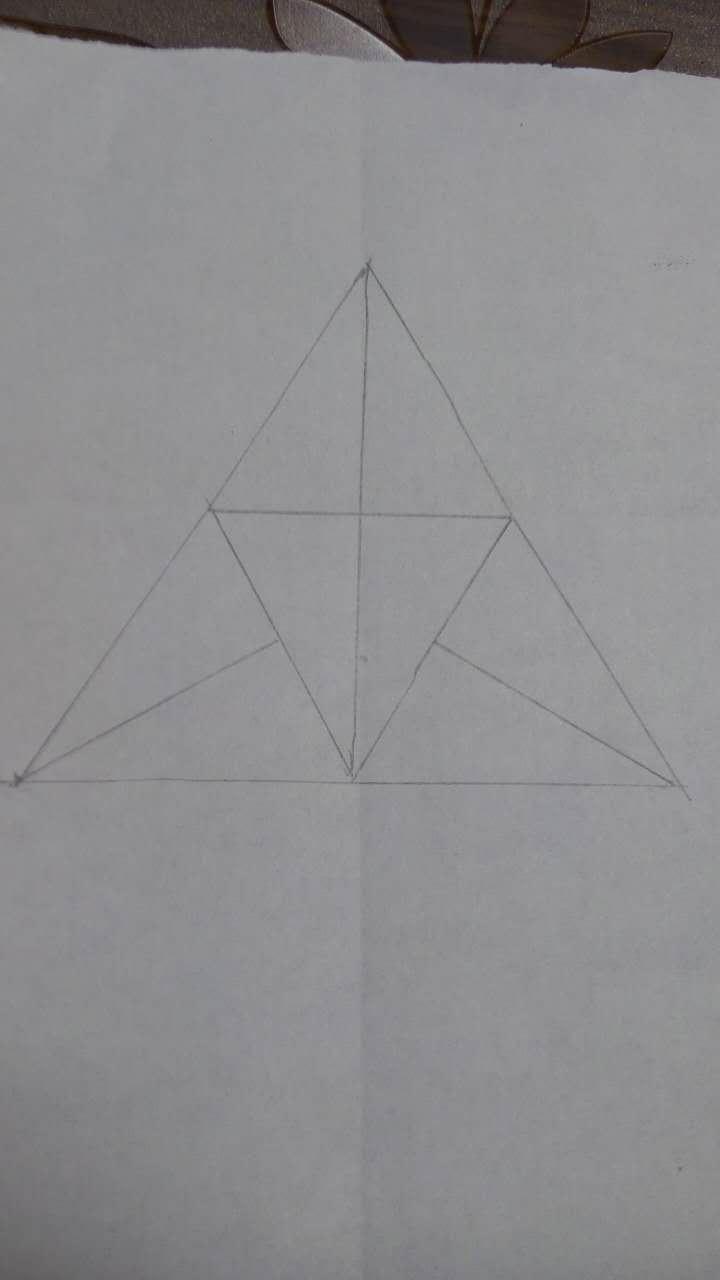 8个三角形拼成的图案图片