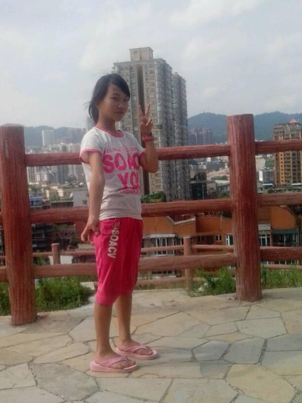 我要看女人的下水_我是女生,今年13岁,身高161,体重42公斤,可鞋子41码都