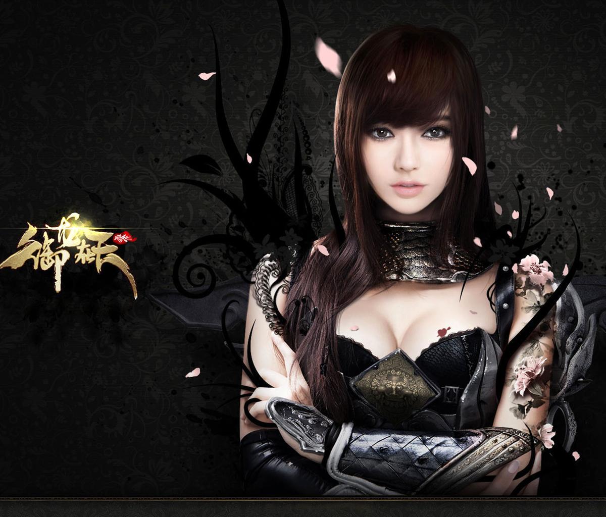 是一位平面模特和车模. 苏梦因在腾讯游戏御龙在天中扮演cos 而成名.