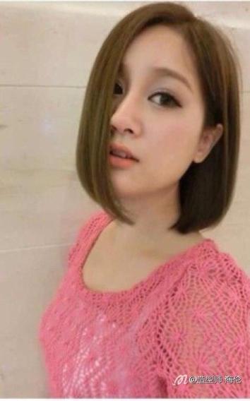 腾讯微博 女孩今年流行发型简介:卷发,直发,麻花辫,梨花头,花样众多图片