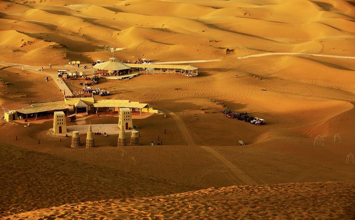 新疆旅游沙漠