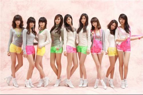 少女时代gee的mv 这个是韩文版的mv