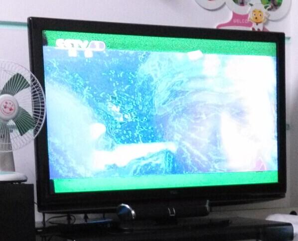 tcl液晶电视黑屏有声音时好时坏