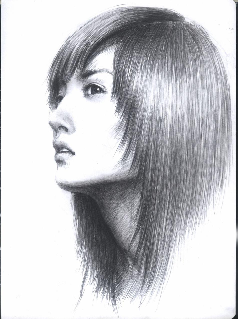 求一个素描的女孩侧脸的壁纸