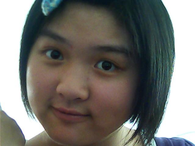 晒无刘海露脸照,求圆脸 baby-fat适合的刘海 发型(短发); 图片