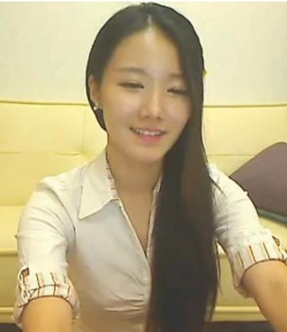 请问这位韩国美女主播叫什么名字?