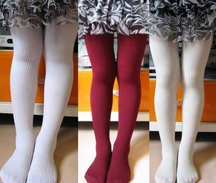 着白袜子脚的图片